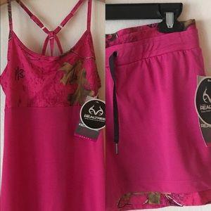 Real tree activewear shorts & top